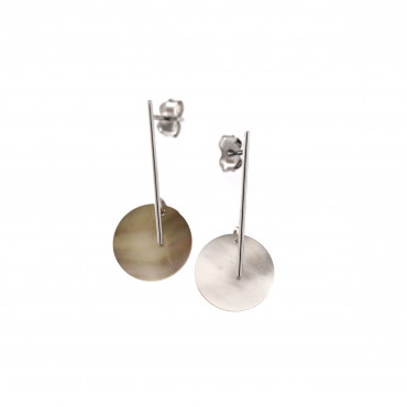 White gold Mother of Pearl earrings BBV06-03-01