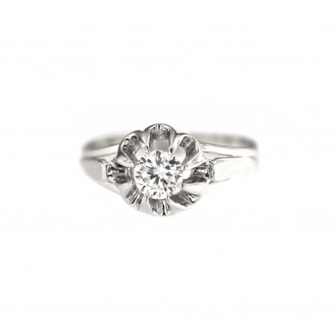 White gold engagement ring DBS01-08-04
