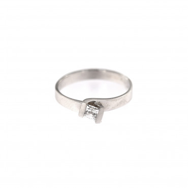 White gold engagement ring DBS01-09-01