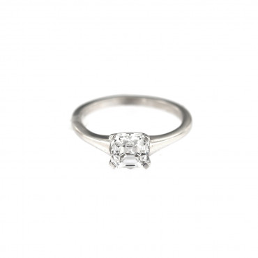 White gold engagement ring DBS01-09-05