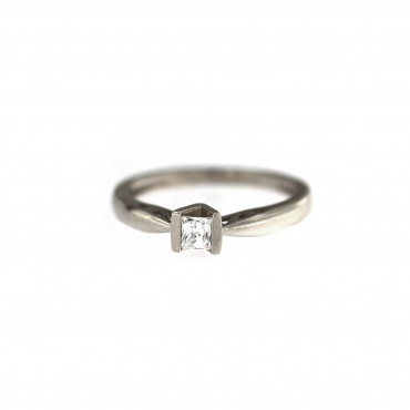 White gold engagement ring DBS01-09-06