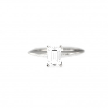 White gold engagement ring DBS01-10-03