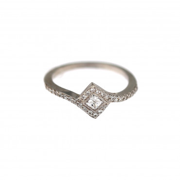 White gold engagement ring DBS04-03-05