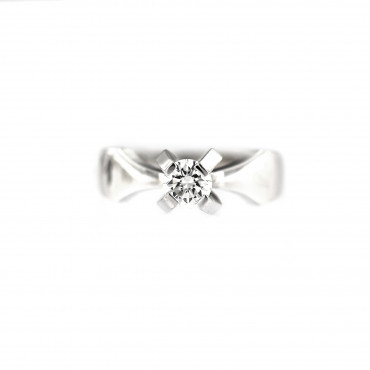 White gold engagement ring with diamond DBBR01-05