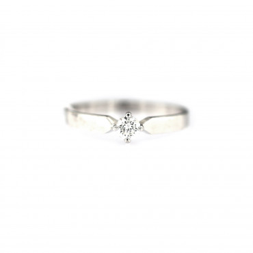 White gold engagement ring with diamond DBBR01-07
