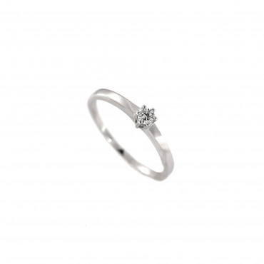 White gold engagement ring with diamond DBBR02-18